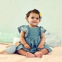 البنات الرضيعات (0-2 سنة)